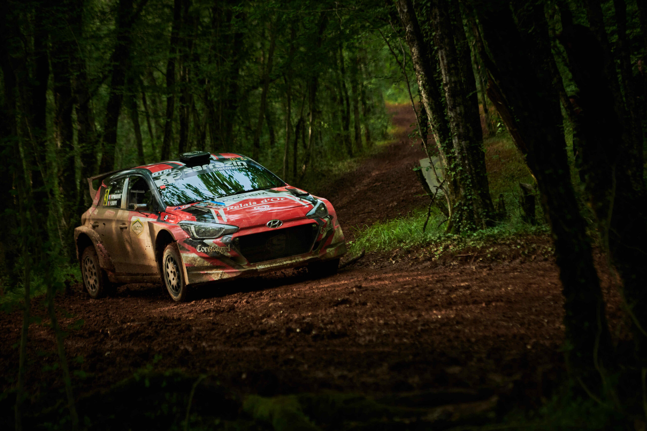 Double podium for i20 R5 runners on French gravel